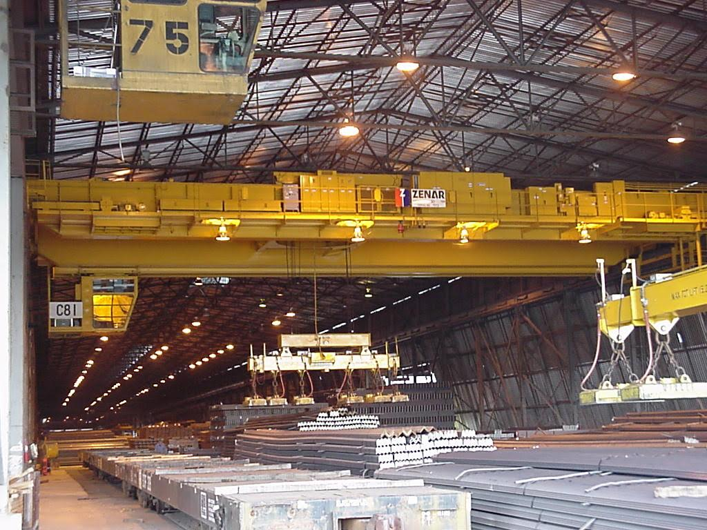 Overhead Crane with Magnet Lifting Beam